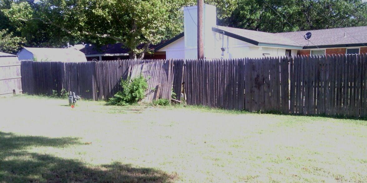 Fence 24